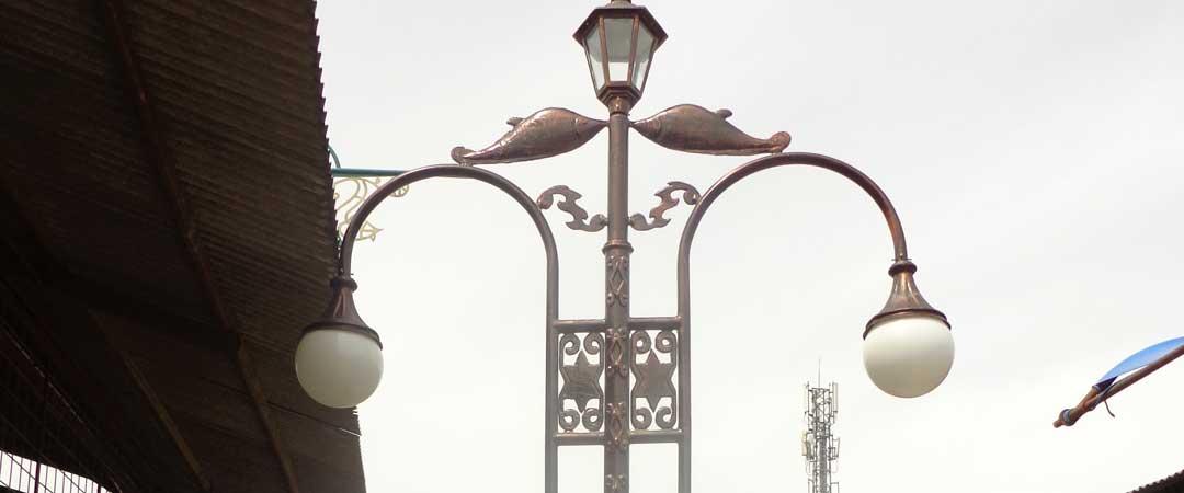 Standar Tinggi Lampu Taman Penjualan Tiang Lampu Jalan Taman